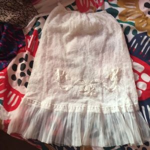 Dresses & Skirts - Lacy vintage slip skirt